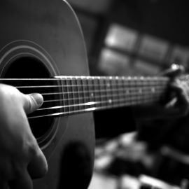 Blog Time!!! - Learning The Guitar Isn't So Tough