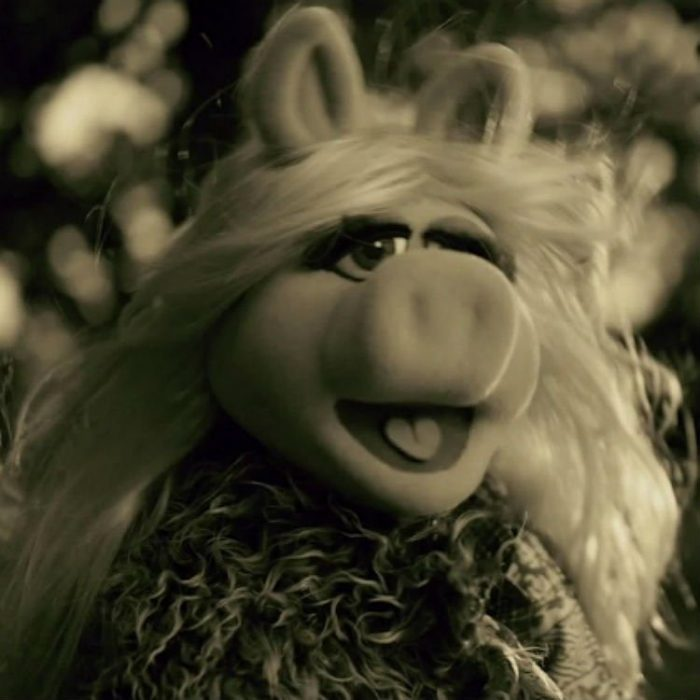 The Muppets - Miss Piggy covers Adele's